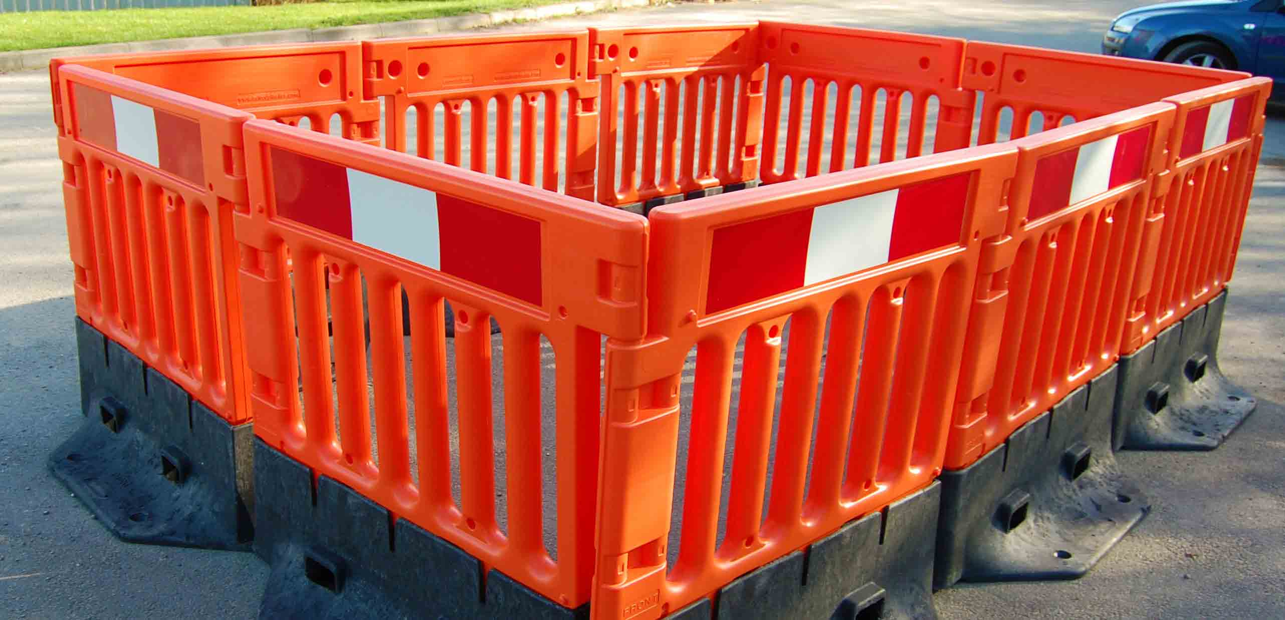 StrongWall Heavy-Duty Barrier
